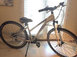 Schwinn GTX3 Hybrid 7 speed womans bike with shimano compone
